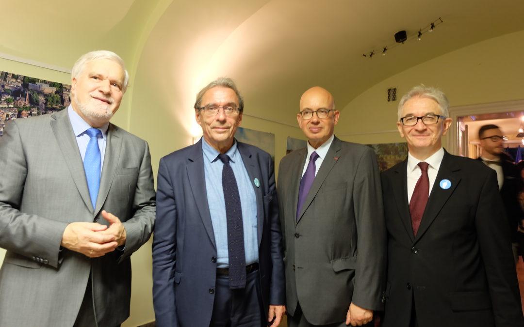 Świętowanie sesji UNESCO w Konsulacie Francji