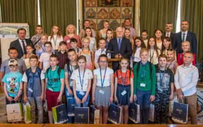 Uroczyste powitanie dzieci w Krakowie