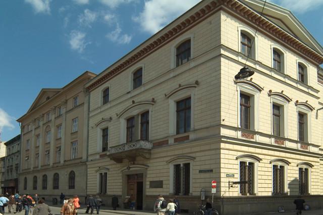 30 lat od wznowienia Polskiej Akademii Umiejętności