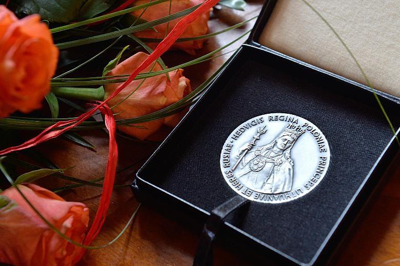 """SGiPM odznaczone Medalem """"Cracoviae Merenti"""""""
